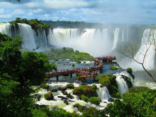 Foz%20do%20Iguacu,%20Brazil.jpg