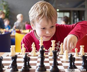 Cum alegem activitatile extrascolare ale copilului: provocari si alegeri