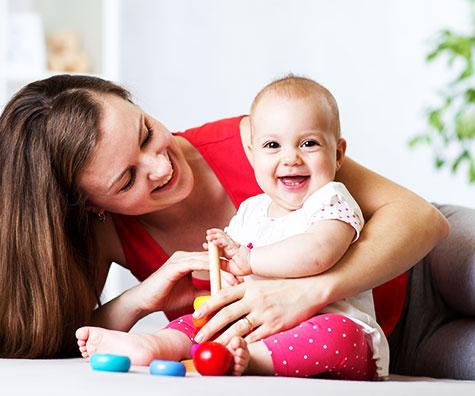 Activitati de joaca pentru bebelusi in primul anisor de viata!