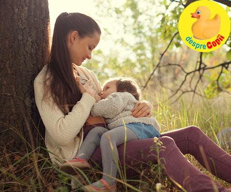 Alaptarea prelungita a bebelusului: beneficii