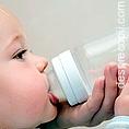 Riscurile la care sunt supusi bebelusii hraniti cu formula si lapte matern simultan