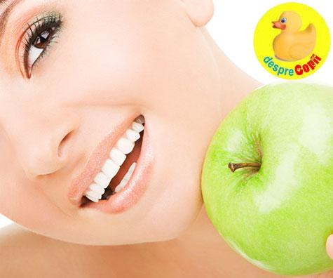 9 moduri naturale de albire a dintilor