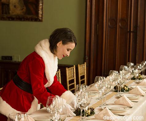 Sfaturi de la Doamna Craciun pentru aranjarea mesei festive
