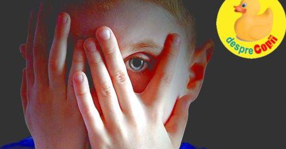 Autismul la copil: semne, tulburari si comunicare - tot ce trebuie sa stie un parinte