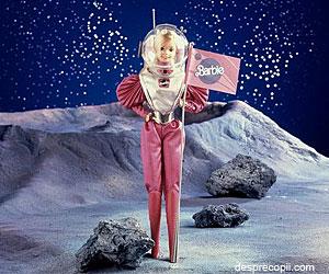 Barbie - prima papusa care colaboreaza cu Nasa