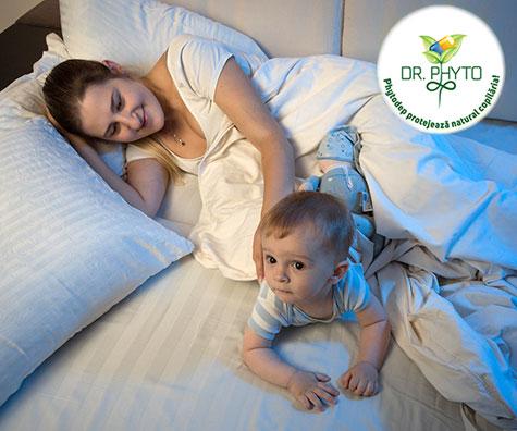 Bebelus agitat noaptea. De ce?