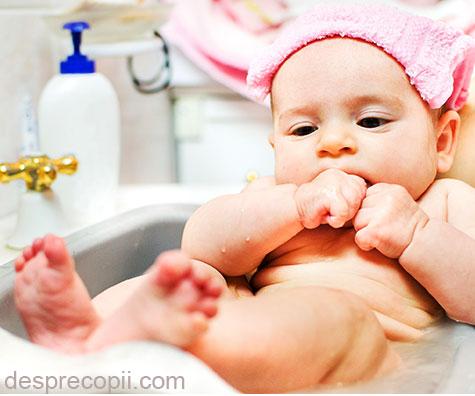 Ce produse cosmetice sa alegem pentru baita bebelusilor?