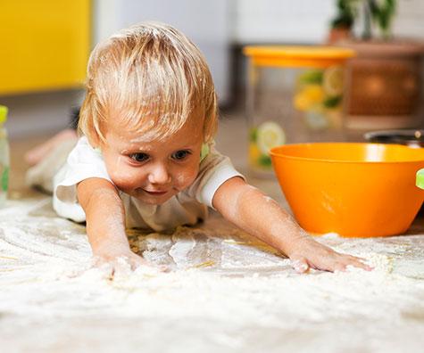 Activitati de joaca pentru bebelusii de 11 luni