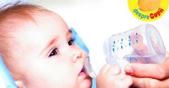 Cand dam bebelusului apa: ce fel si de ce