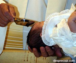 Obiceiuri si traditii romanesti la botezul copilului