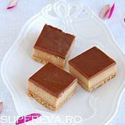 Cheesecake cu unt de arahide si ciocolata