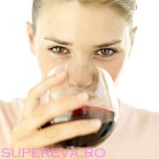 Cate calorii are un pahar cu vin?
