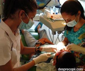Cariile dentare ale copiilor afecteaza orele de scoala!