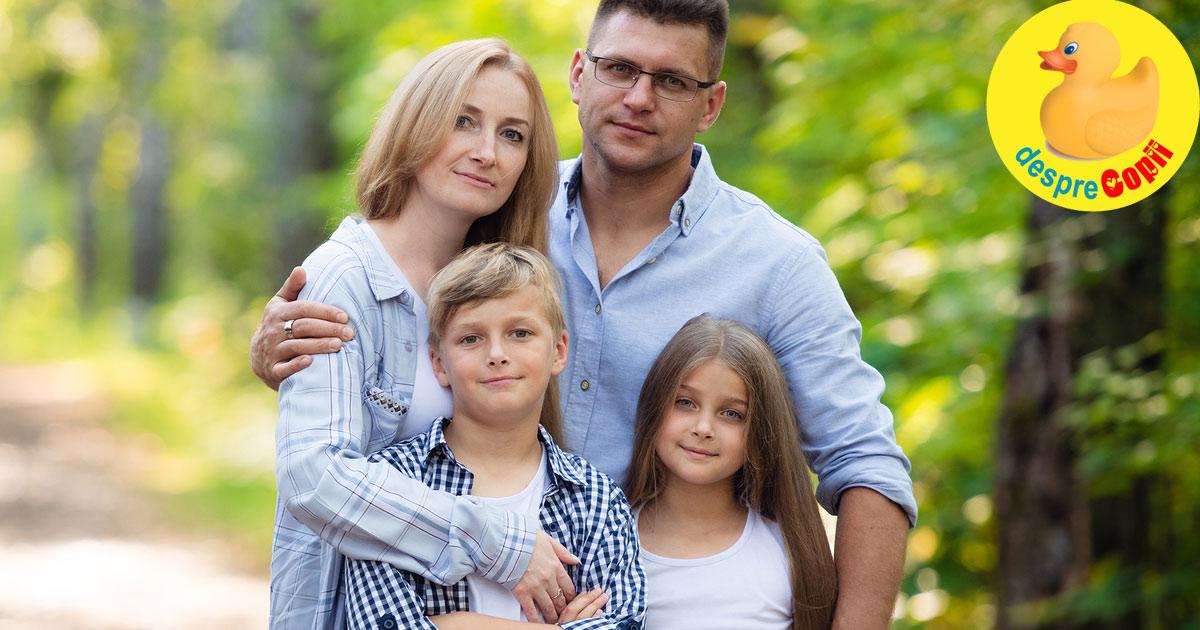 Dupa 10 ani in patru mergem mai departe. 10 ani impreuna cu copiii nostri, scoica, poza si laptele cu ciocolata...