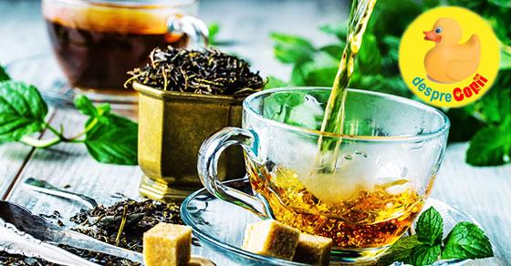 5 Ceaiuri din plante care tin departe gripa si raceala
