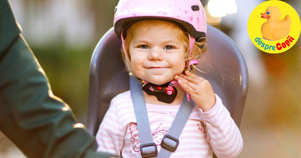 Cum sa iti plimbi copilul in siguranta pe bicicleta - iata de ce ai nevoie