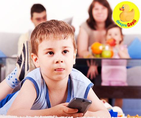 Copilul si televizorul - cat de mult strica?