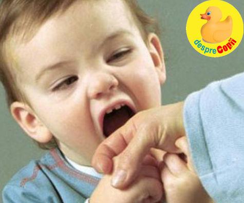 Cand copilul musca: motive si cum procedam