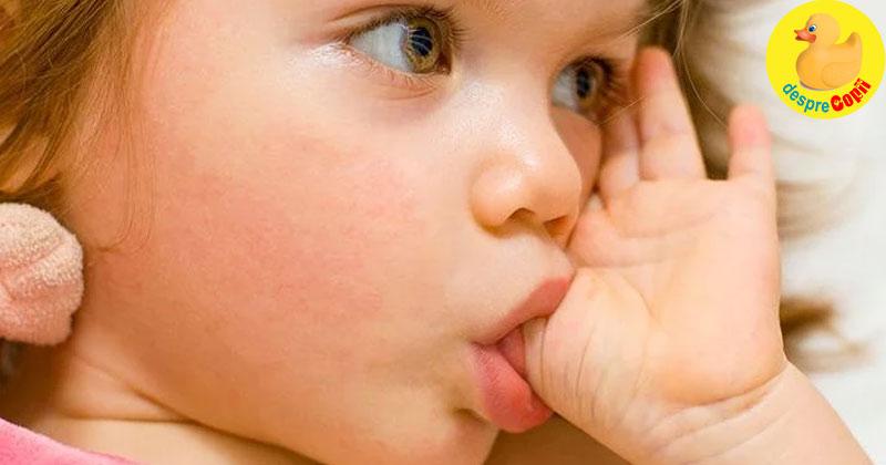 Cand copilul isi suge degetul dupa varsta de 12 luni: ce trebuie sa stie parintii