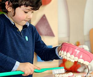 10 mituri despre dintii copiilor