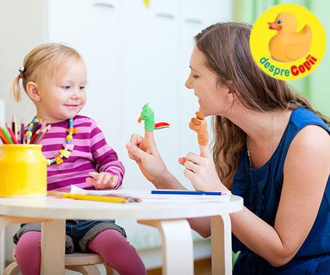 Joaca cu copilul: cum influenteaza modul in care ne jucam cu copilul sanatatea si reglarea emotionala