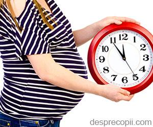 Maternitatea tardiva prelungeste viata femeii