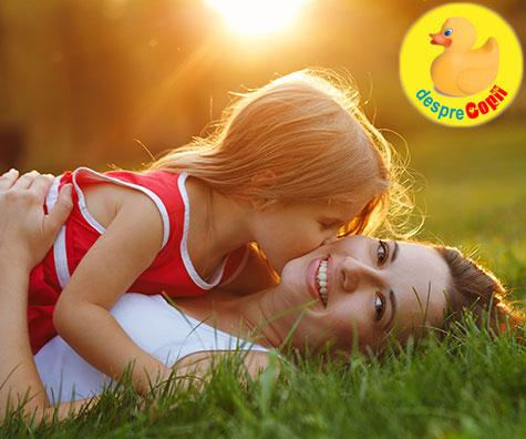 Cel mai greu job din lume: meseria de mama