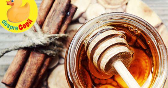 Pierde in greutate cu miere si scortisoara