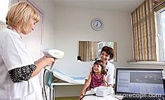 Screeningul oftalmologic la copii. Depisteaza defectele de vedere din primele luni de viata!