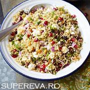 Salata de quinoa, feta si rodii