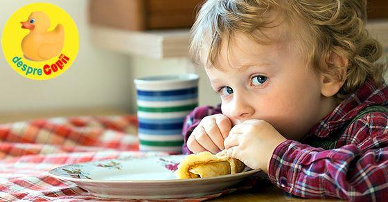 8 retete de clatite care vor face deliciul oricarui copil