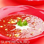 Supa crema de rosii cu iaurt si coriandru