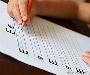 Scrisul de mana si problemele pe care le intampina copiii in invatarea lui
