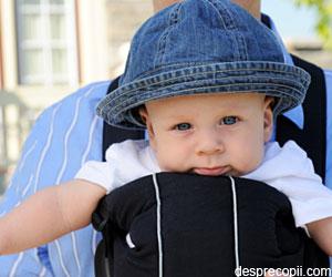 Pozitia ideala pentru purtarea bebelusului in slig sau wrap