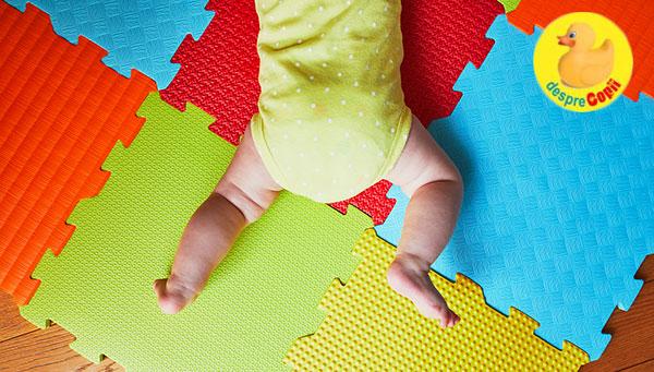 Statul pe burtica stimuleaza dezvoltarea senzoriala a bebelusului