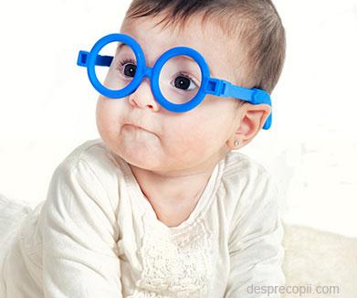 Dezvoltarea vederii la bebelusi pas cu pas