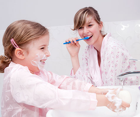 Cum ii convingi pe cei mici sa se spele pe dinti?