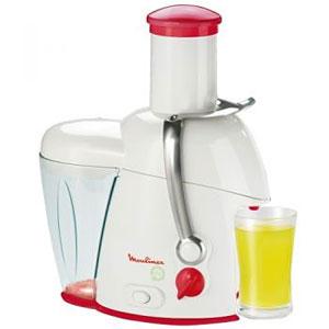 Castiga un storcator de fructe, o friteuza si un mixer