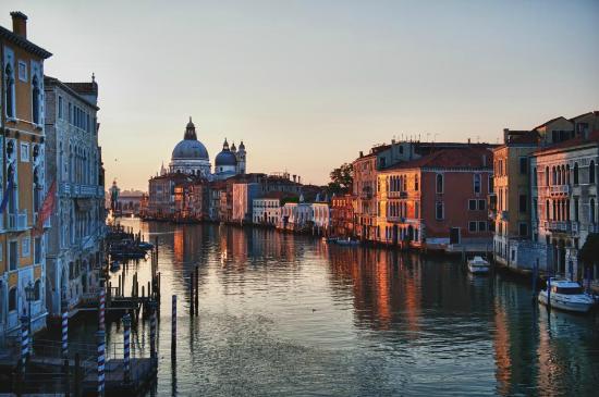 Venice,%20Italy.jpg