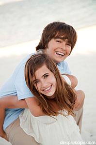 /Images/dentestet-adolescenti-poza1.jpg