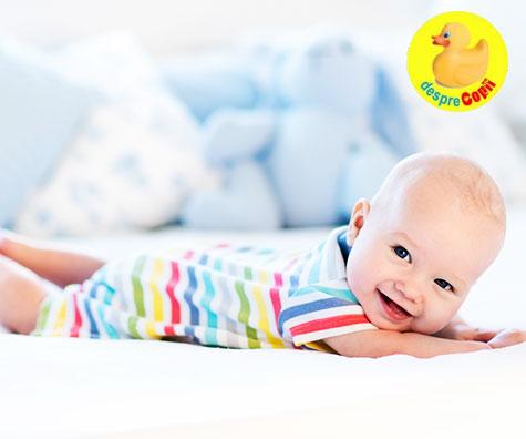 Bebelusul sta pe burtica: cum, cand si cat