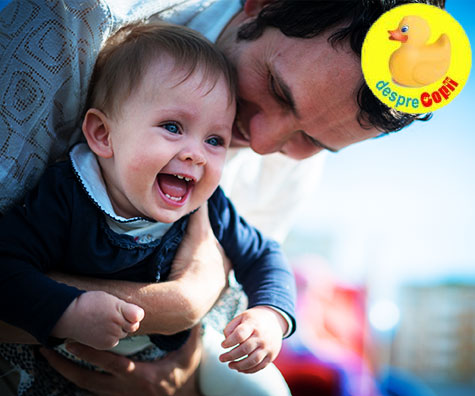 Bebelusi pusi pe sotii, tatici mereu pregatiti
