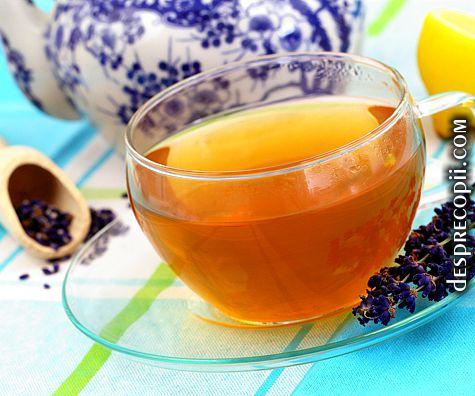 Ceaiul de lavanda, secret pentru mamicile stresate