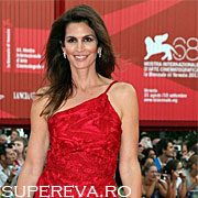Cindy Crawford la 45 de ani