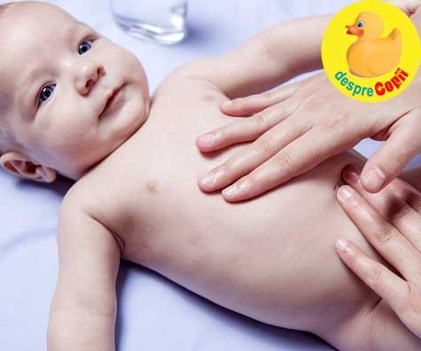 Masajul poate calma colicii bebelusului - iata cum trebuie sa il faci