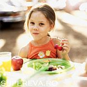15 alimente sanatoase pentru copii