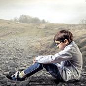 Cand copilul este izolat de prieteni si colegi: ce trebuie sa stie parintii