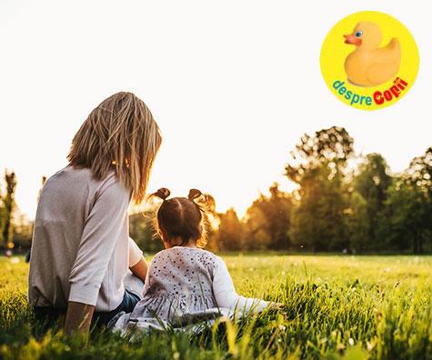 Copilul singur la parinti: mai destept dar mai putin social