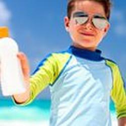 Cum protejam copiii la soare?
