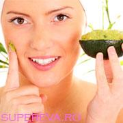 Crema de avocado anti-riduri